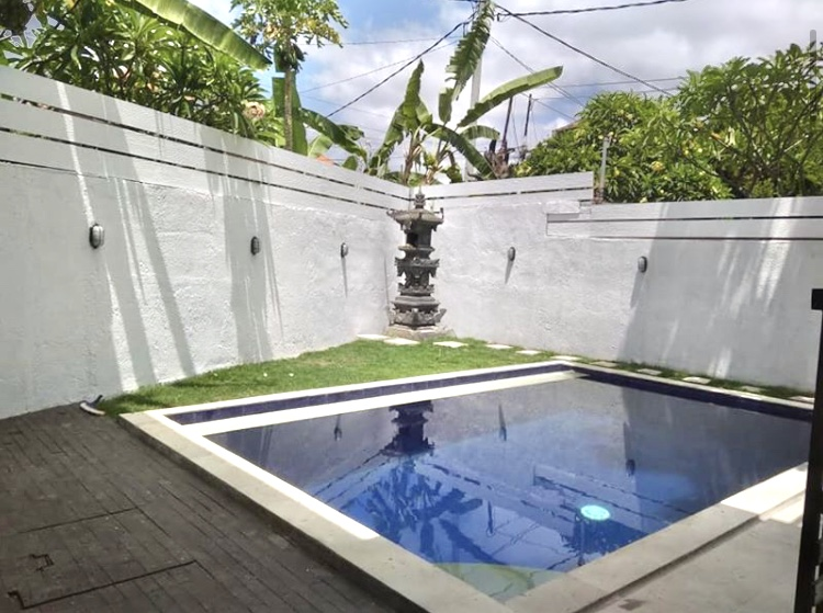 For rent ID:SX-303 sewa villa at gunung payung denpasar barat bali near gatsu dalung kerobokan kuta seminyak